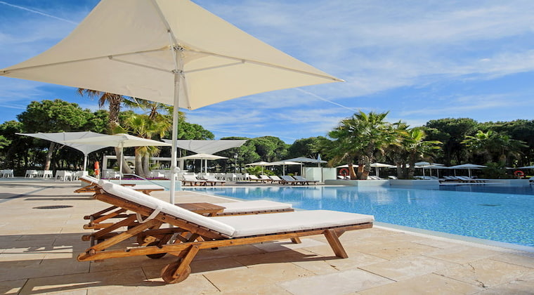 Poolbereich im TUI Blue Isla Cristina Palace