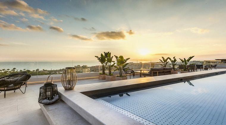 Terrasse vom Katagi Blau