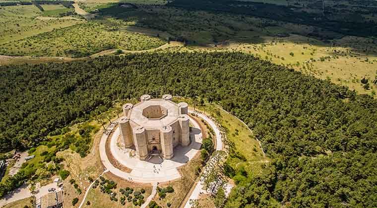 Apulien Sehenswürdigkeit Castel del Monte