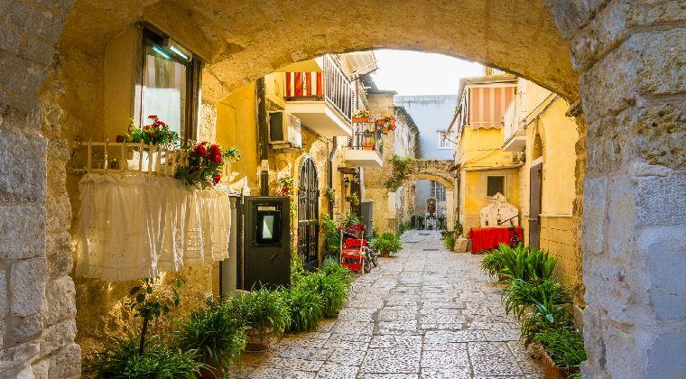 Süsse Gasse in der Altstadt von Bari