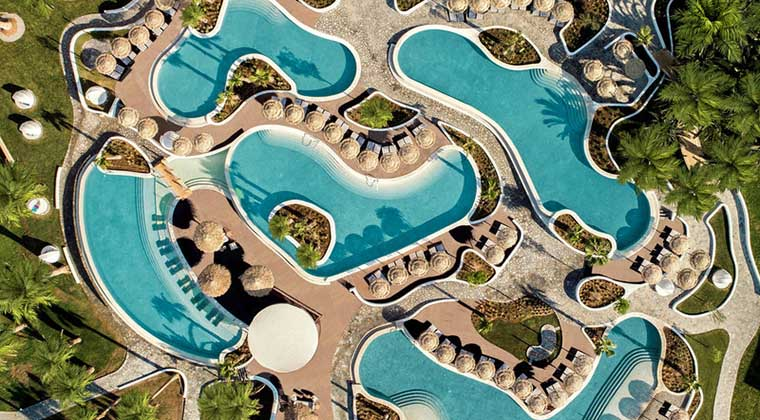 Meerwasserpools im Mitsis Norida Beach Hotel