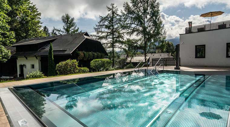 Pool des Naturel Hoteldorf Schönleitn
