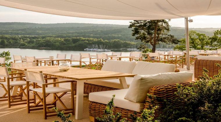 Blick von der Terrasse der Seezeitlodge