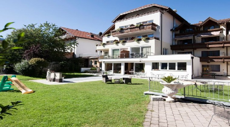 tui kids club alpina tirol all inclusive hotel österreich