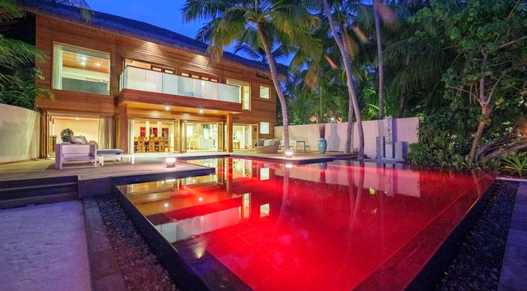 Huvafen Fushi Maledives Pool
