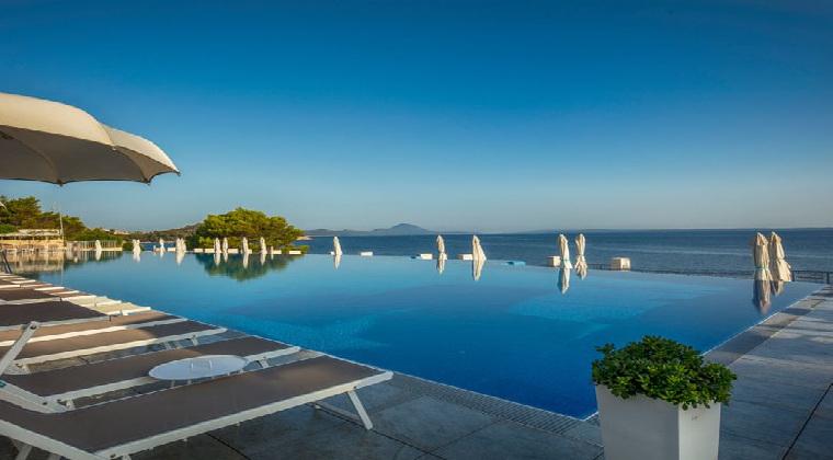 Kroatien Inseln Hotel Vitality Punta Infinitypool