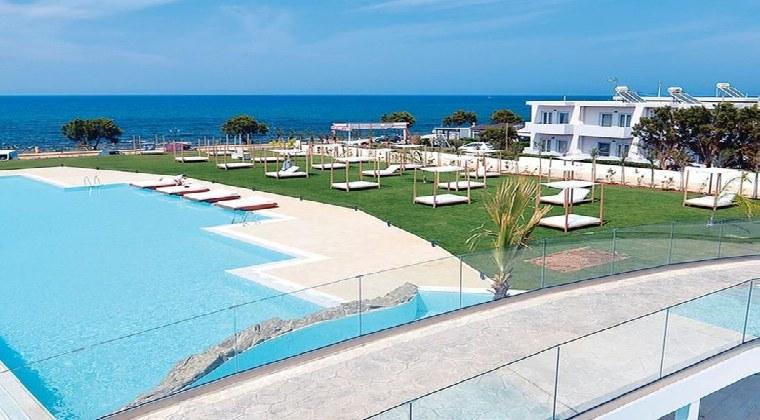 Pool mit Meerblick TUI Blue Insula Alba