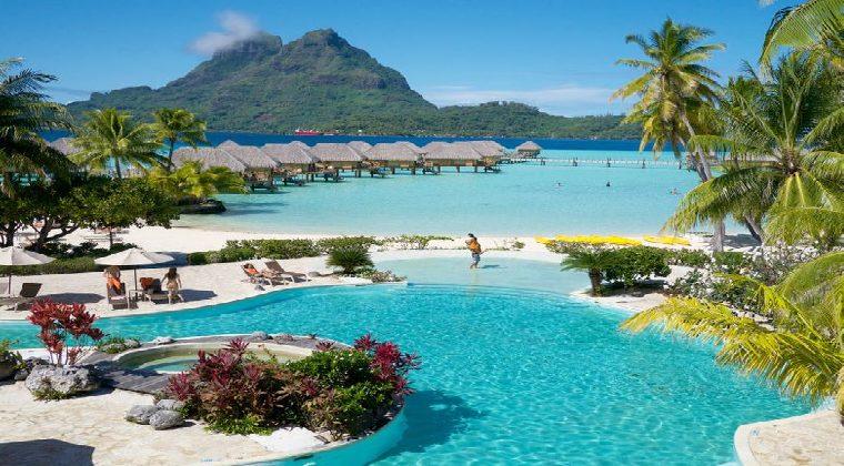 Pool vom Le Bora Bora by Pearl Resorts