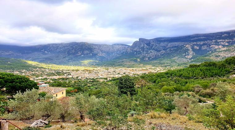 Mallorca Wandern Blick auf Soller