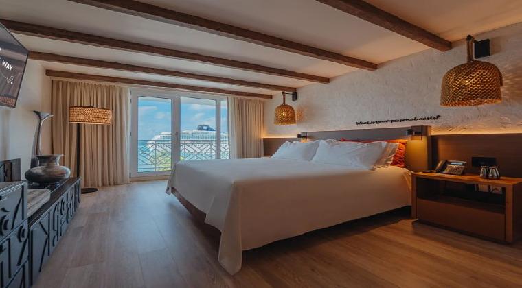 Renaissance Aruba Beach Resort Casino Zimmerbeispiel