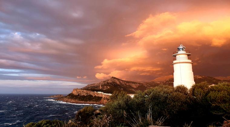Cap Gros Port Soller Mallorca Sonnenuntergang
