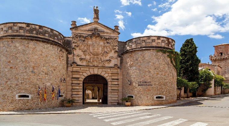 Pueblo Espanol Freilichtmuseum