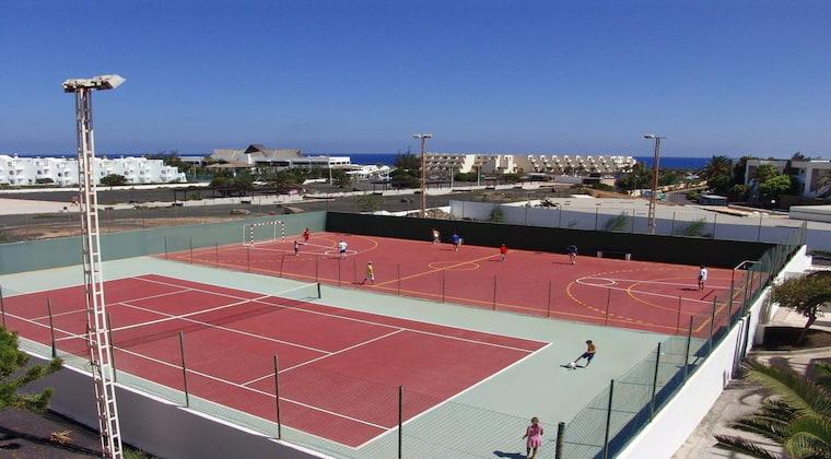 Lanzarote TUI SUNEO El Trebol Sportplätze