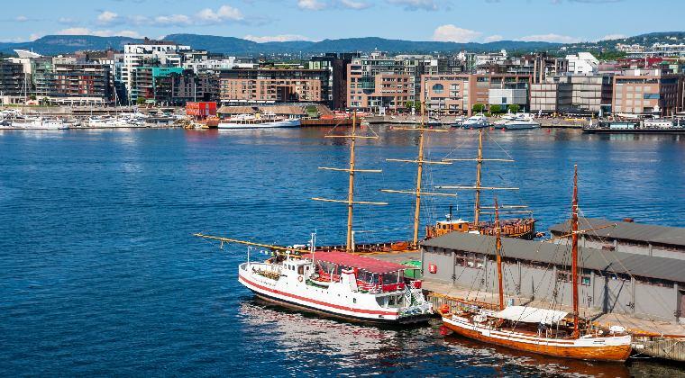 Oslo Norwegen Blick auf den Hafen