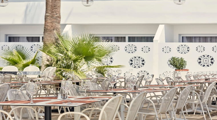 Zypern TUI SUNEO Atlantica Sancta Napa Restaurant
