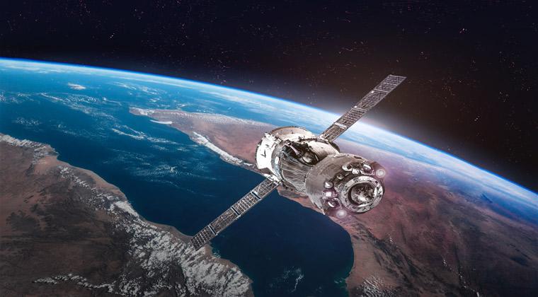 Freizeitparks USA Weltraum mit Raumschiff