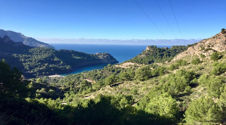 Schöner Ausblick auf dem Weg zur Cala Tuent