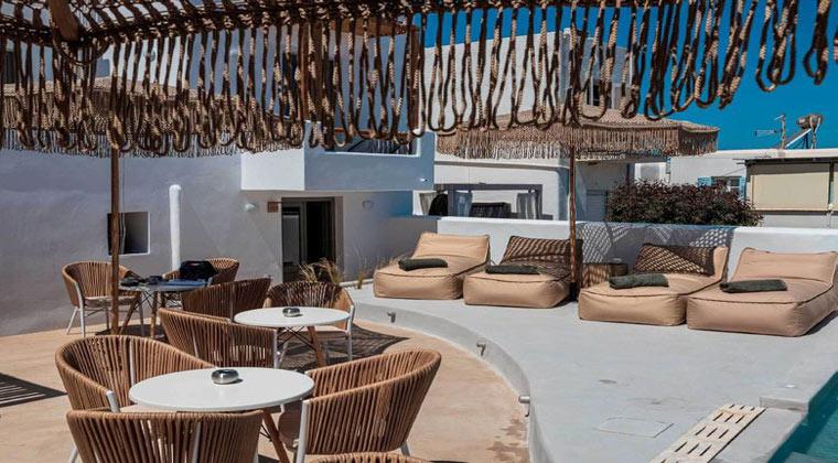 Insel Paros Griechenland Bohemian Luxury Boutique Hotel Terrasse