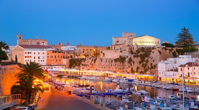 Menorca Ciutadella am Abend