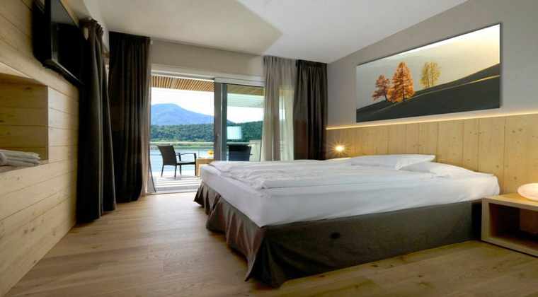 Haus am See Italien Parc Hotel du lac Zimmerbeispiel