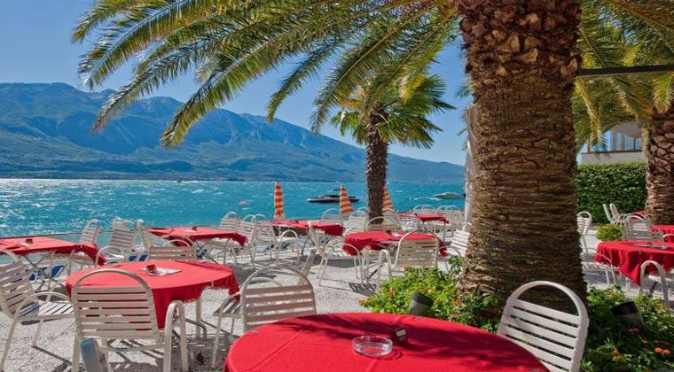Hotel am See Gardasee Hotel Ideal Terrasse