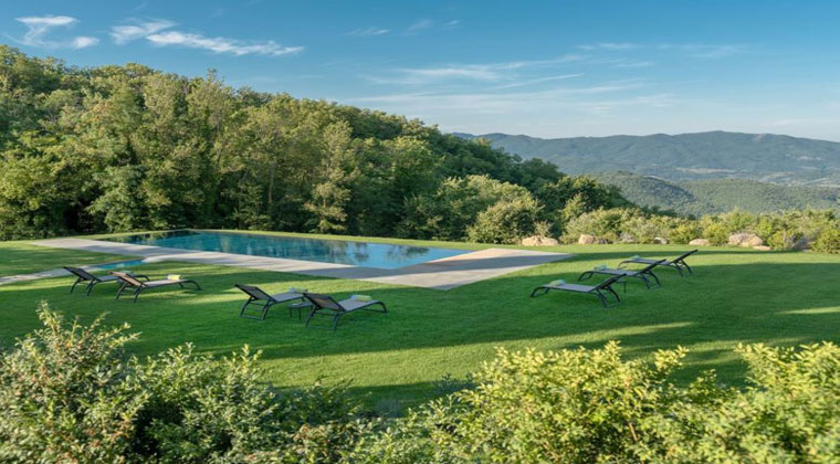 Italien Toskana Badia di Pomaio Garten und Pool