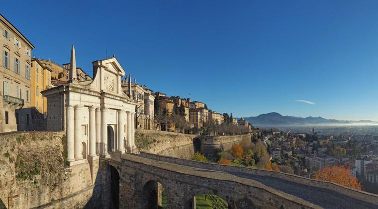 Bergamo Sehenswürdigkeiten Die venezianische Stadtmauer in Bergamo
