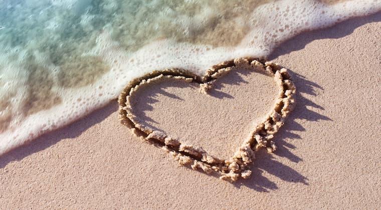 Herz im Sand Meer