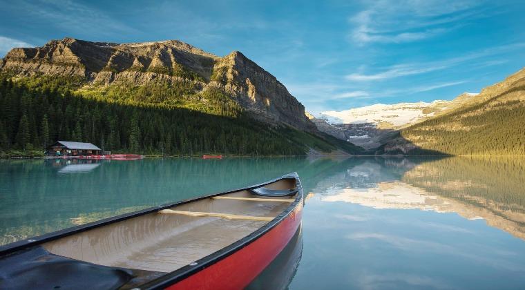 Kanada Banff Boot auf einem See