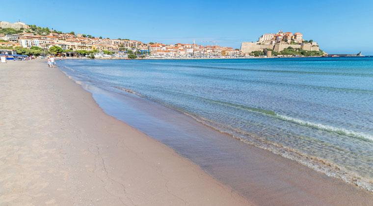Strand Calvi mit Zitadelle