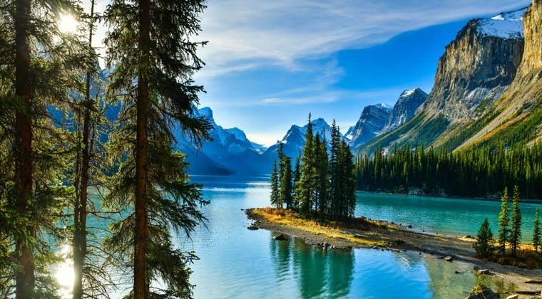 nationalparks kanada jasper türkisfarbener Fluss