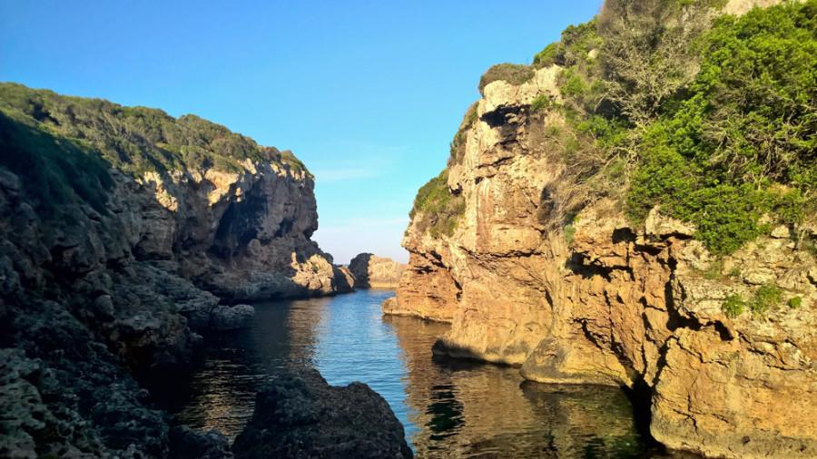 The Beach Szenerie Menorca Felsen