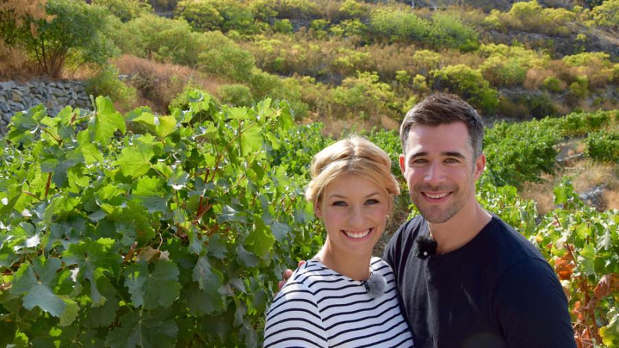 Annica und Jo auf dem Weingut Tsiakkas
