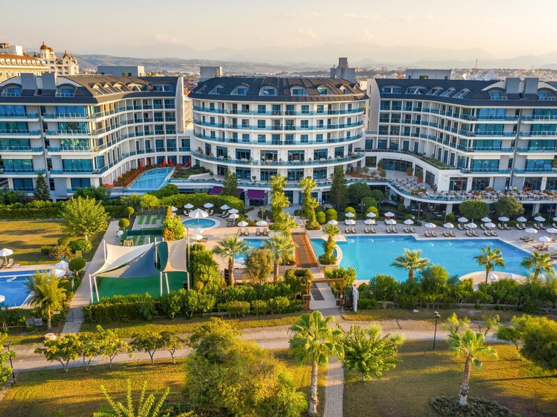 Side & Alanya, Hotel Commodore Elite Suites Spa vom 2021-01-13 bis 2021-01-14 für 42 EUR p.P.